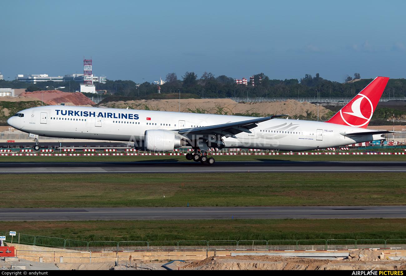 Turkish Airlines TC-JJY aircraft at Singapore - Changi