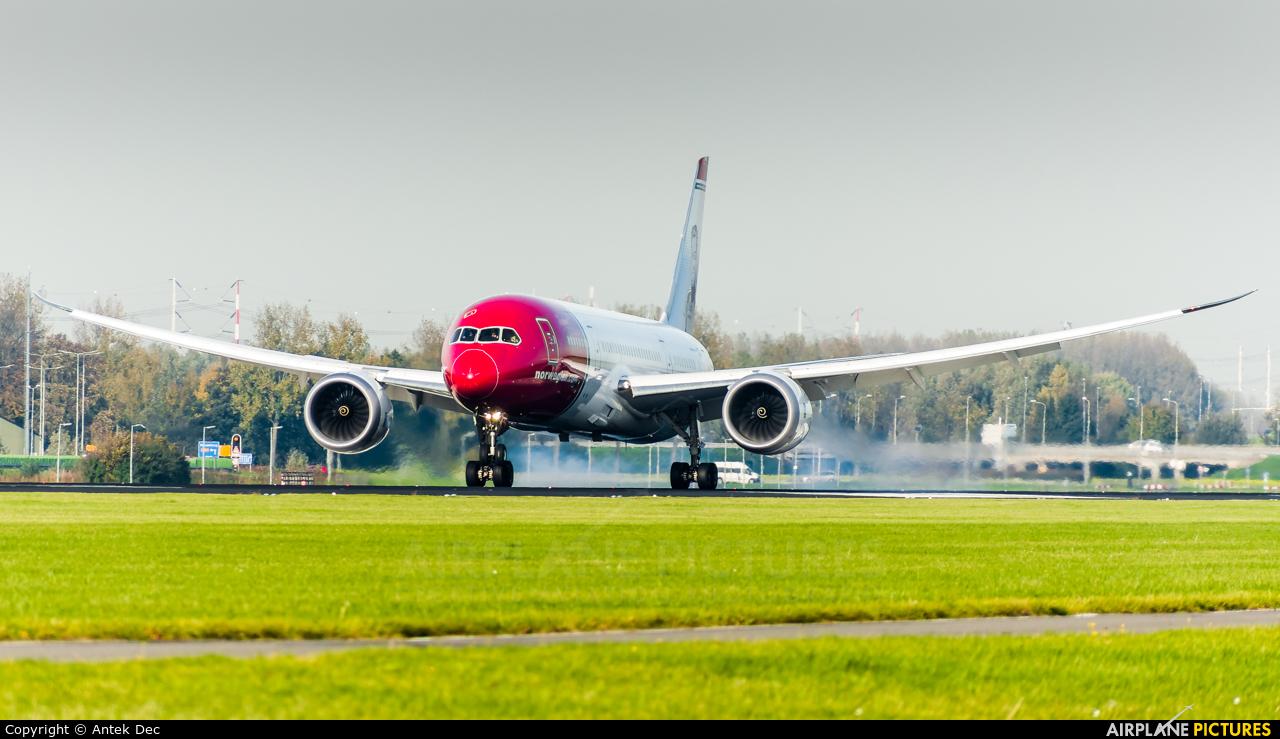 Norwegian Air Shuttle LN-LND aircraft at Amsterdam - Schiphol