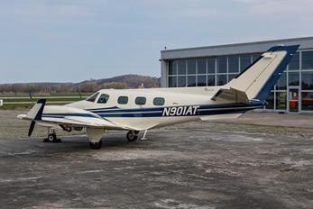 N901AT - Private Beechcraft 60 Duke
