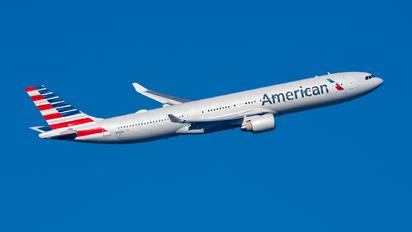 N270AY - American Airlines Airbus A330-300