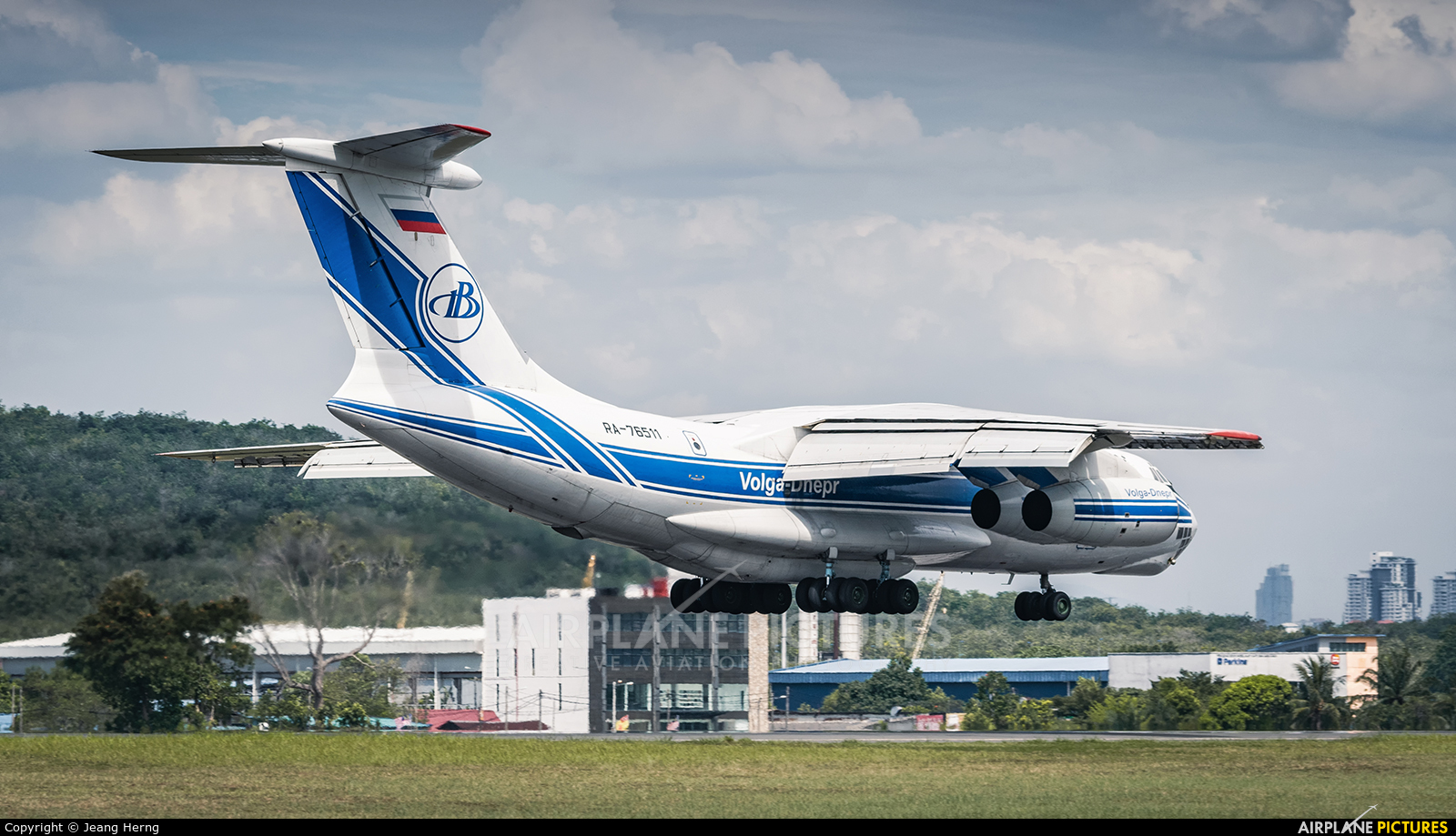 Volga Dnepr Airlines RA-76511 aircraft at Subang - Sultan Abdul Aziz Shah
