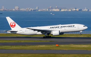 JA703J - JAL - Japan Airlines Boeing 777-200