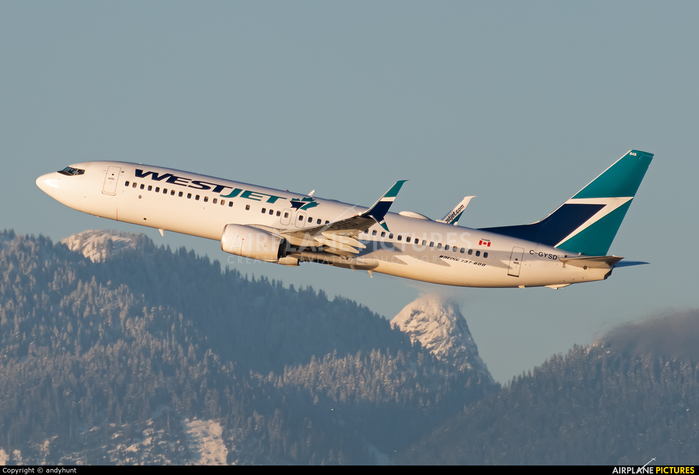 WestJet Airlines C-GYSD aircraft at Vancouver Intl, BC