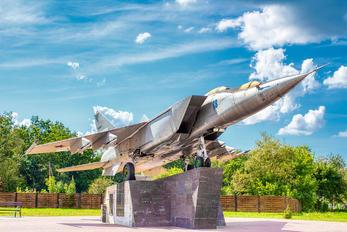 - - Belarus - Air Force Mikoyan-Gurevich MiG-25PU