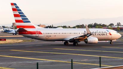 N922NN - American Airlines Boeing 737-800