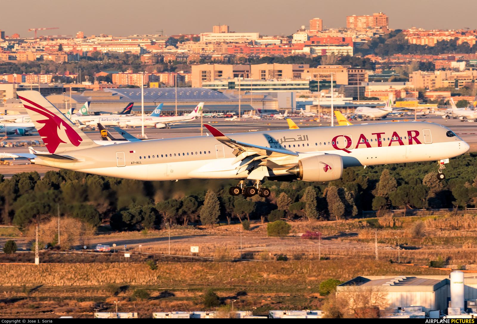Qatar Airways A7-ALL aircraft at Madrid - Barajas