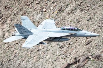 166806 - USA - Navy Boeing F/A-18F Super Hornet