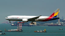 HL8284 - Asiana Airlines Boeing 777-200ER aircraft