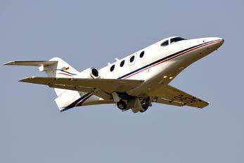 D-IETB - Private Raytheon 390 Premier