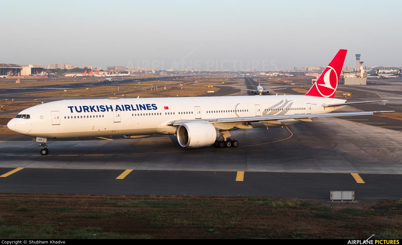 Turkish Airlines TC-LKA aircraft at Mumbai - Chhatrapati Shivaji Intl