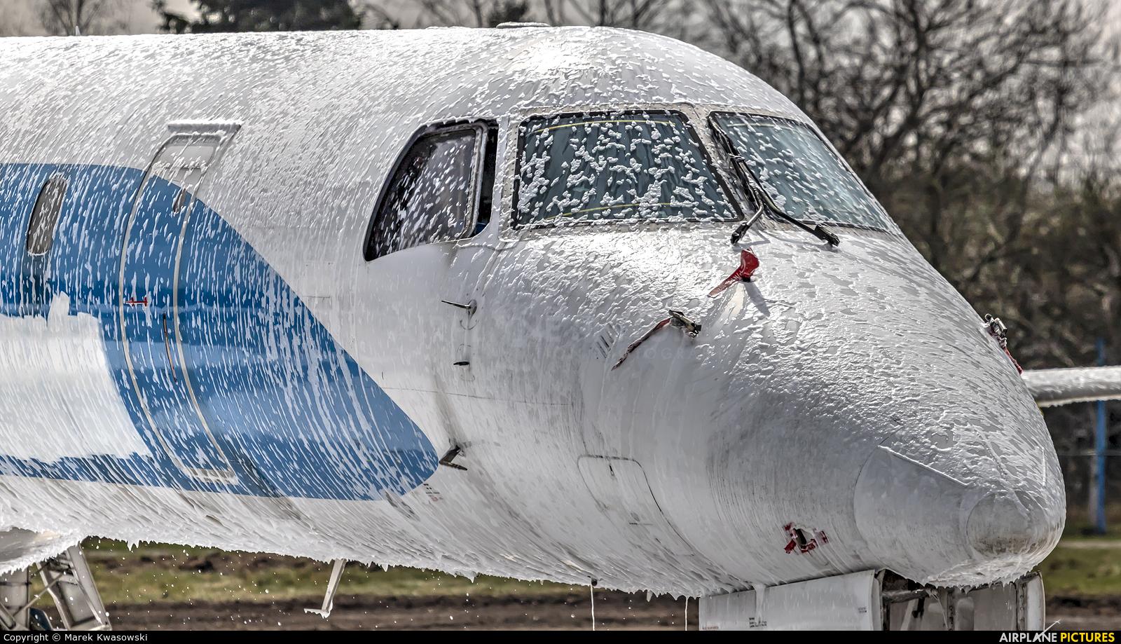 Dniproavia UR-DNW aircraft at Warsaw - Frederic Chopin