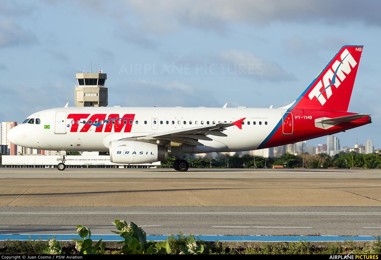 TAM PT-TMB aircraft at Fortaleza