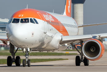 G-EZGY - easyJet Airbus A320