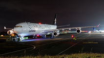 Lufthansa D-AIGV image