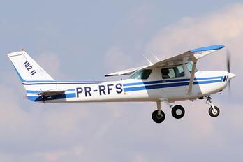 PR-RFS - EJ Escola de Aeronáutica Cessna 152