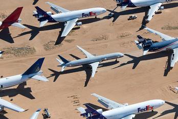 N68085 - Untitled Boeing 757-200