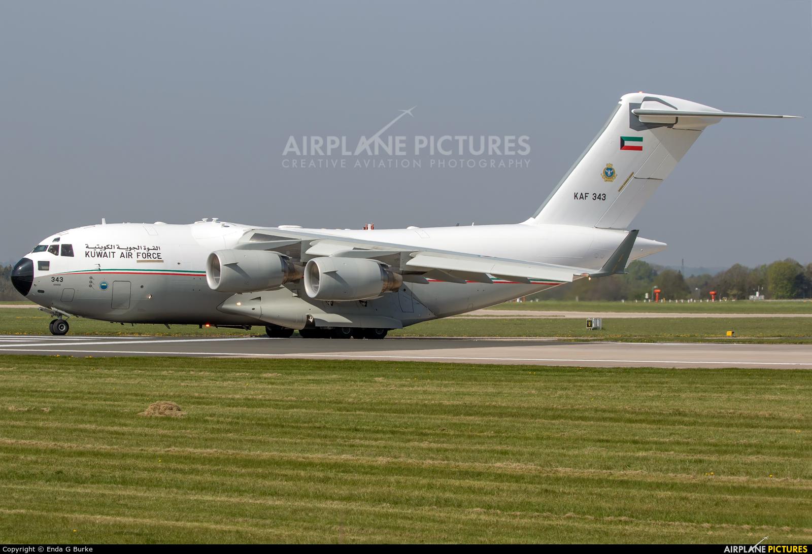 Kuwait - Air Force KAF343 aircraft at Manchester