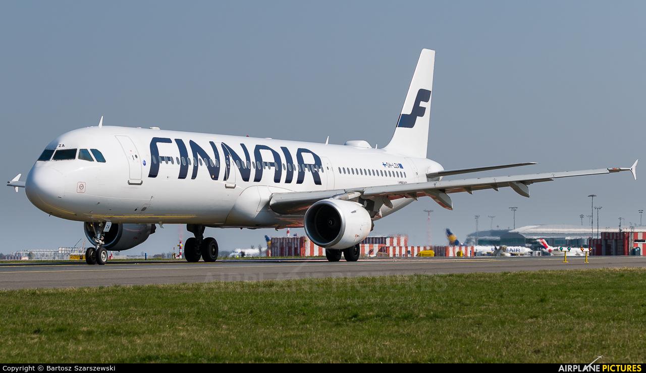Finnair OH-LZA aircraft at Prague - Václav Havel