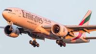 #2 Emirates Airlines Boeing 777-200LR A6-EWE taken by Sandor Vamosi
