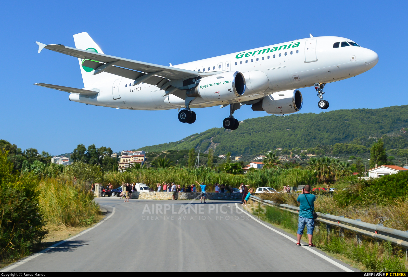 Bulgarian Eagle LZ-AOA aircraft at Skiathos
