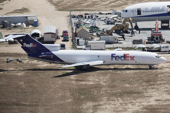 N262FE - FedEx Federal Express Boeing 727-200F