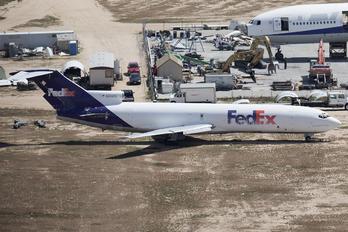 N262FE - FedEx Federal Express Boeing 727-200F