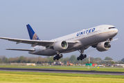 N777UA - United Airlines Boeing 777-200ER aircraft