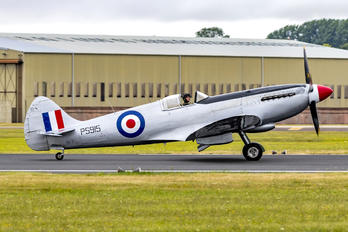 "PS915 - Royal Air Force ""Battle of Britain Memorial Flight"" Supermarine Spitfire PR.XIX"