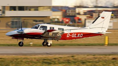 D-GLAO - Private Piper PA-34 Seneca