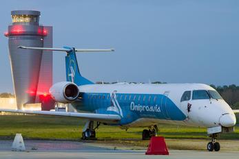 UR-DNZ - Dniproavia Embraer ERJ-145