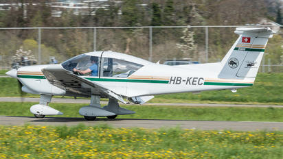 HB-KEC - Private Robin R3000