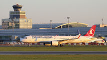 TC-LSE - Turkish Airlines Airbus A321 NEO aircraft