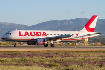 OE-LOI - LaudaMotion Airbus A320