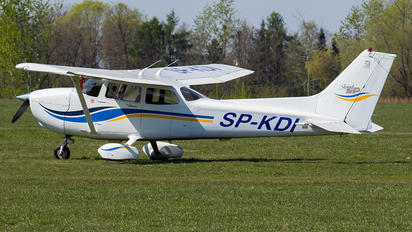 SP-KDI - Private Cessna 172 Skyhawk (all models except RG)