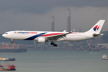 9M-MTJ - Malaysia Airlines Airbus A330-300