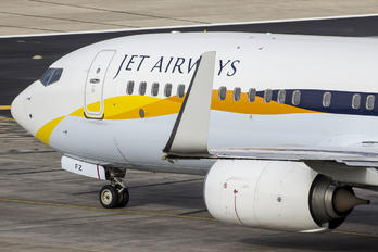 VT-JFZ - Jet Airways Boeing 737-800