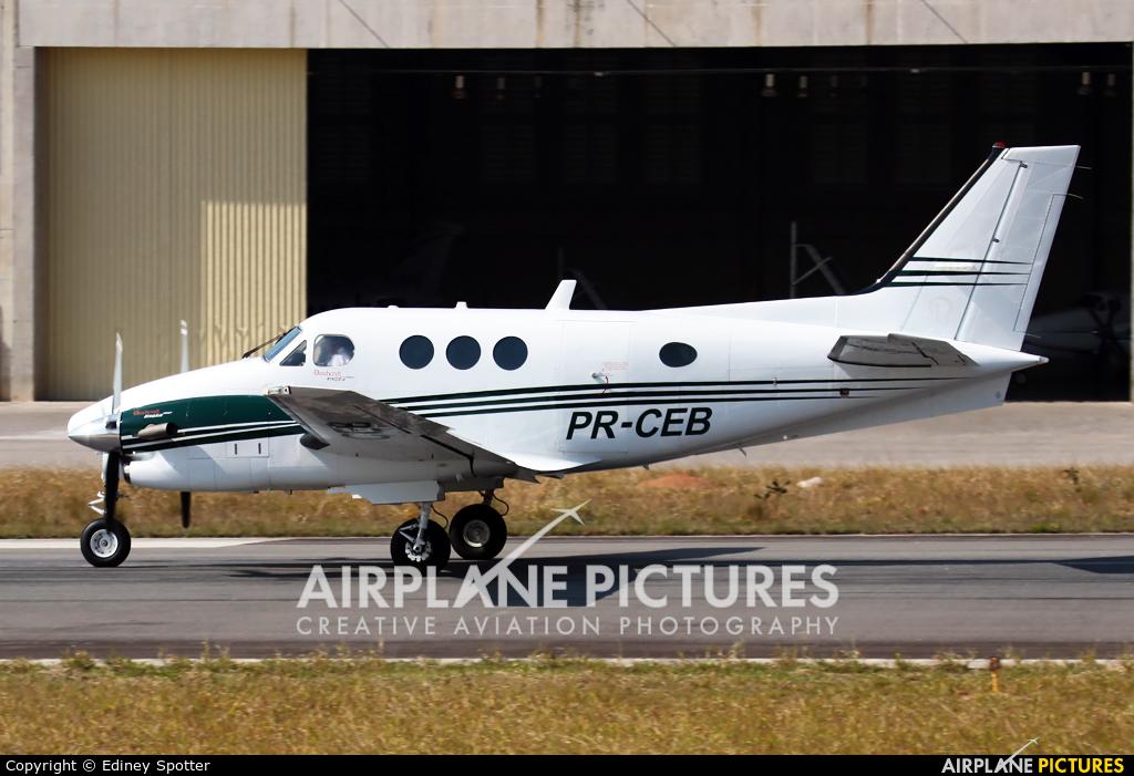 Private PR-CEB aircraft at Jundiaí, SP