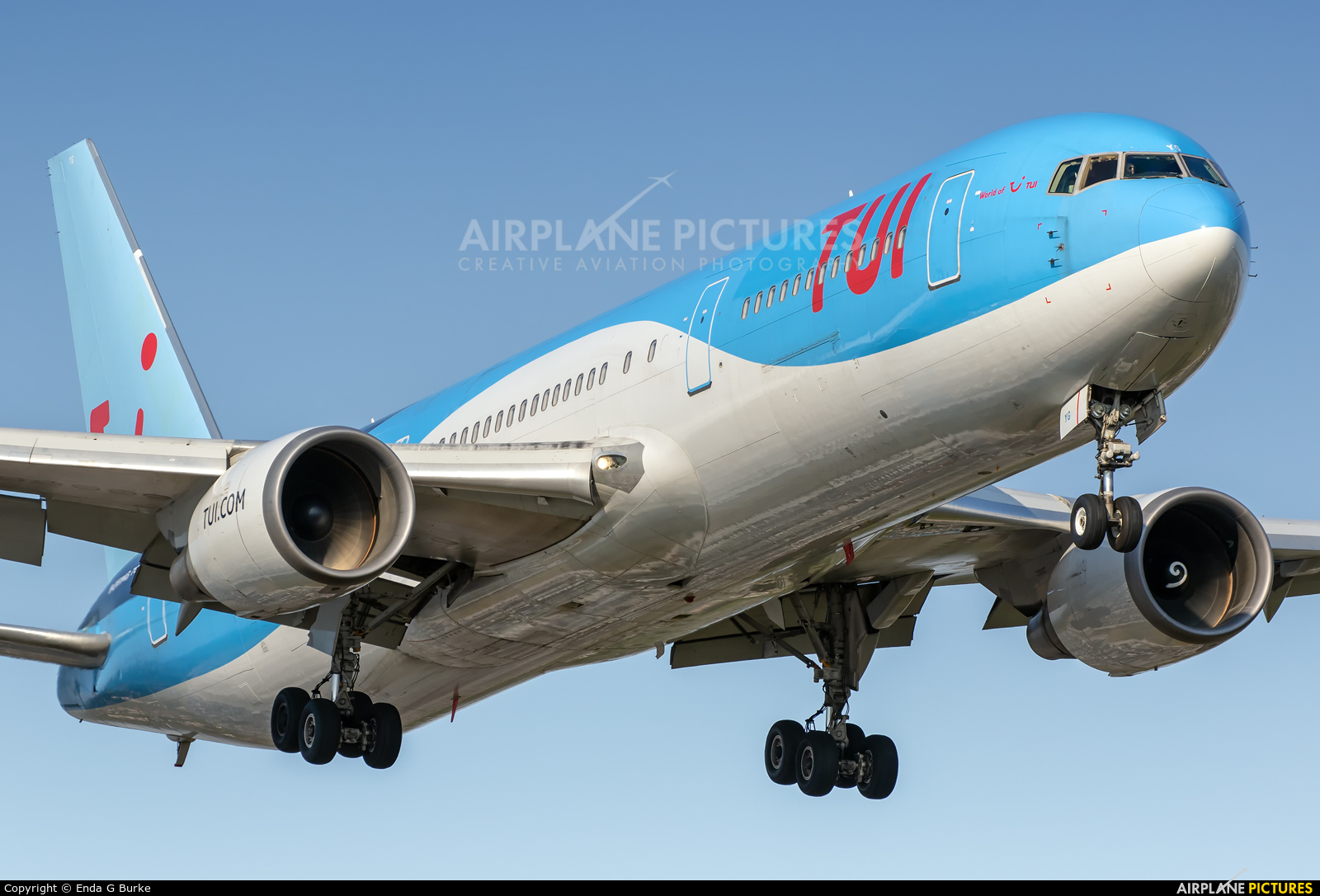 TUI Airways G-OBYG aircraft at Manchester