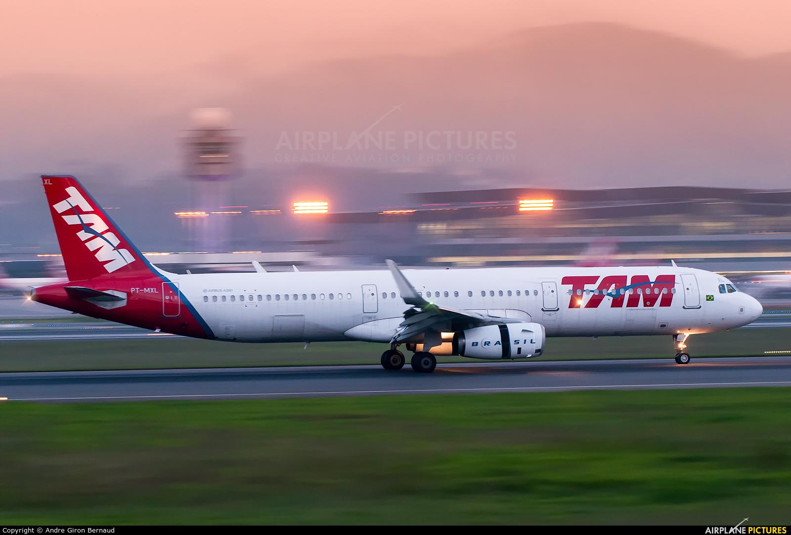 TAM PT-MXL aircraft at São Paulo - Guarulhos