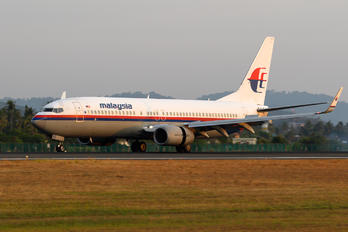9M-FFF - Malaysia Airlines Boeing 737-800