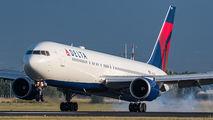 N1605 - Delta Air Lines Boeing 767-300ER aircraft