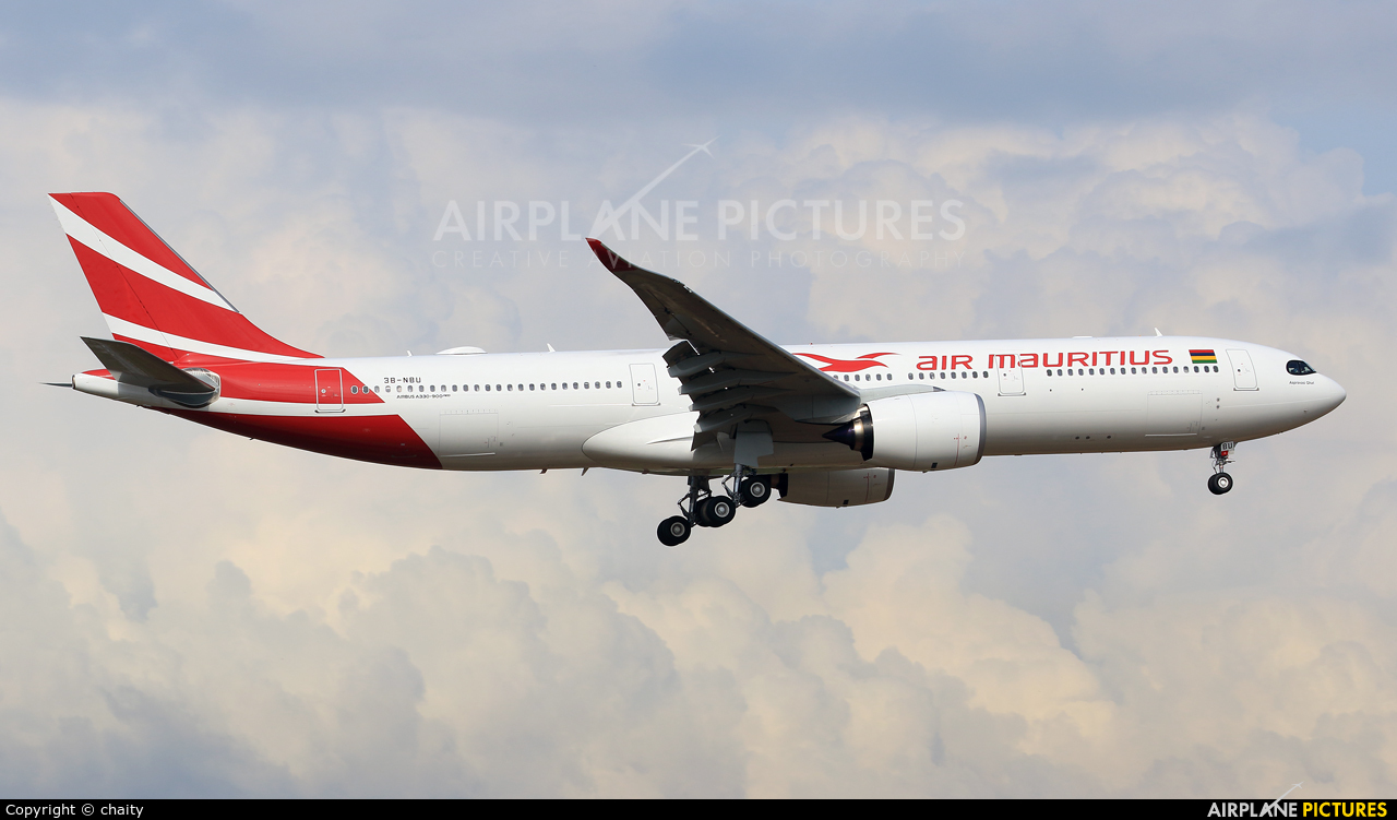 Air Mauritius 3B-NBU aircraft at Kuala Lumpur Intl