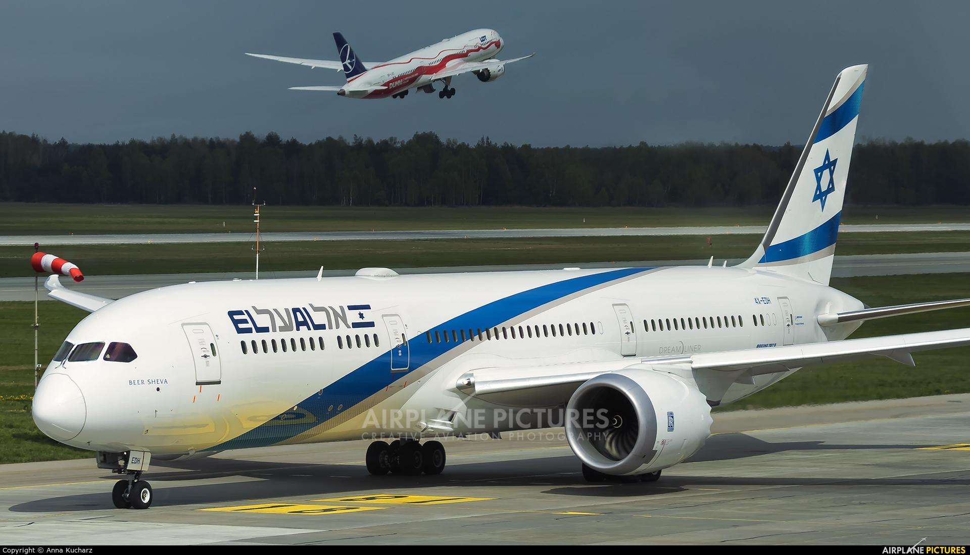 El Al Israel Airlines 4X-EDH aircraft at Katowice - Pyrzowice