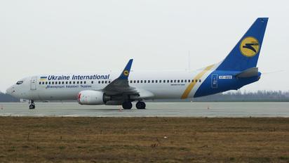 VP-BQS - Ukraine International Airlines Boeing 737-800