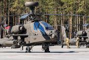 73175 - USA - Army Boeing AH-64 Apache aircraft
