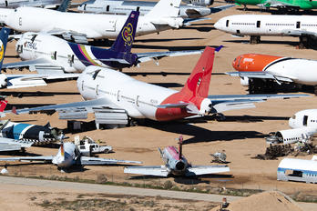 N956JM - QANTAS Boeing 747-400