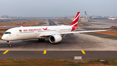 3B-NBQ - Air Mauritius Airbus A350-900