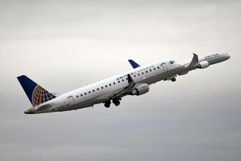 N140SY - United Express - SkyWest Embraer ERJ-175 (170-200)