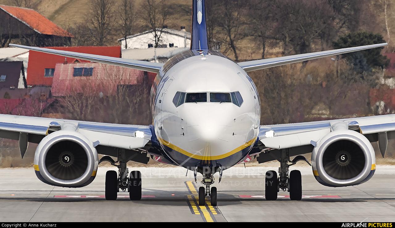 Ryanair Sun SP-RSE aircraft at Kraków - John Paul II Intl