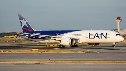 CC-BGJ - LAN Airlines Boeing 787-9 Dreamliner